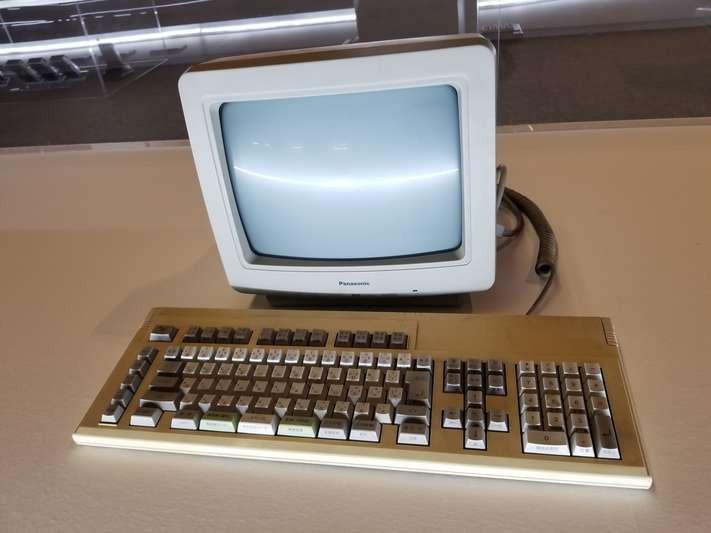 現役SE(システムエンジニア)が教えるプロ仕様PCのスペック大暴露!?